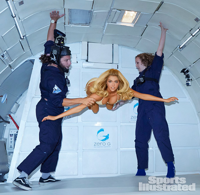 Kate-Upton-s-Zero-Gravity-Bikini-Shoot_1