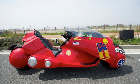 the-only-officially-recognized-akira-bike-replica-1